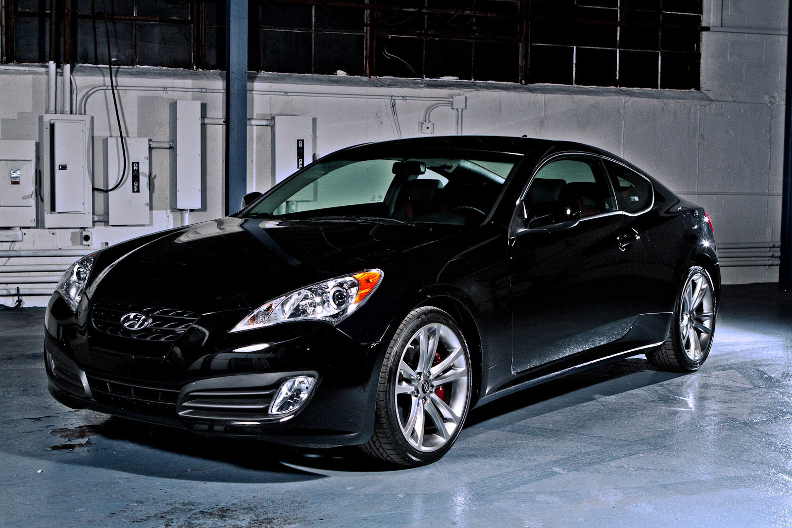 pumped up kicks 2011 hyundai genesis coupe 3 8 r spec. Black Bedroom Furniture Sets. Home Design Ideas