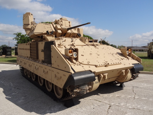 m2a3-bradley-fighting-vehicle